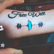 """¿Oír o """"imprimirte"""" un tatuaje?"""
